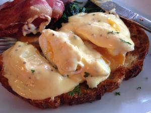 runny eggs benedict